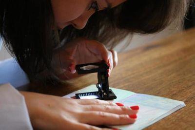Experticia caligráfica y grafológica en letras anónimas